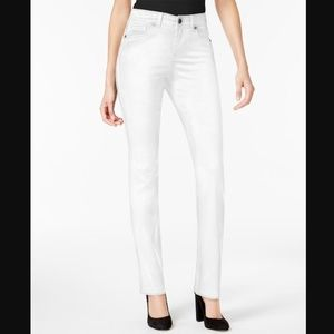 Style&Co White 4 Tummy Control Skinny Jeans 3Y62